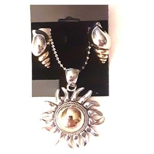 Heavy weight sun pendant with matching clip ons